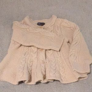 Baby Gap cable knit sweater 6-12m
